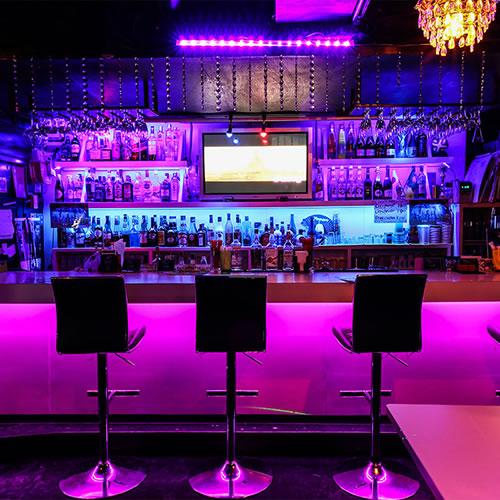 Sports, Music & Restaurant Bar STEPS