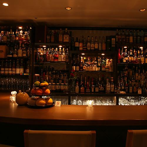 Bar finch