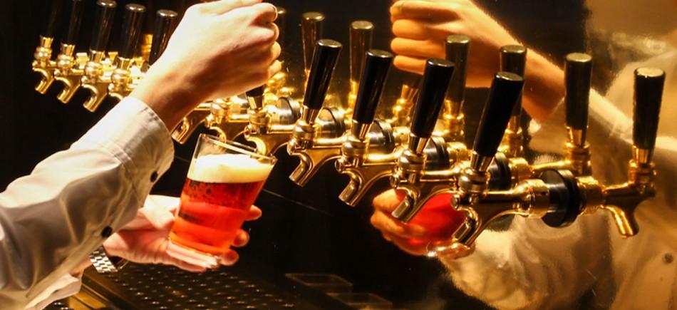 品質向上著しい日本のクラフトビールから海外のレアなクラフトビールまで。名古屋でもクラフトビールの飲めるお店が、ずいぶんと増えてきました。イメージ